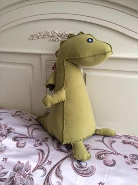 Интерьерная игрушка «дракон»